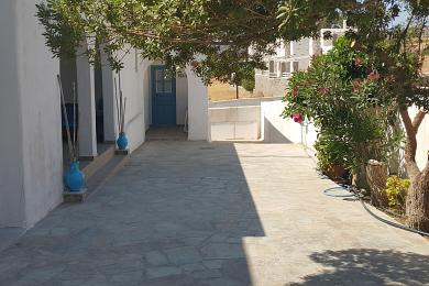 Paros, traditional complex of 7 apartments with sea view