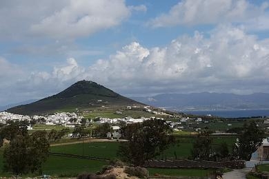 Paros, 16.609sqm with excellent views, suitable for investment